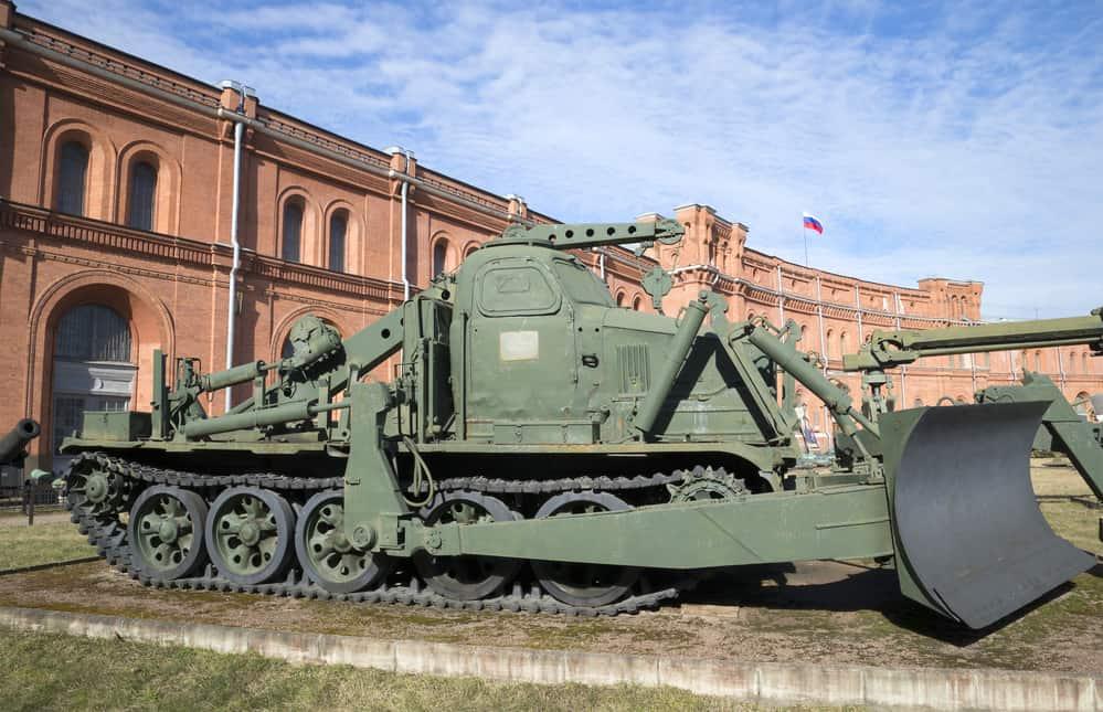 el Museo de Artillería en San Petersburgo