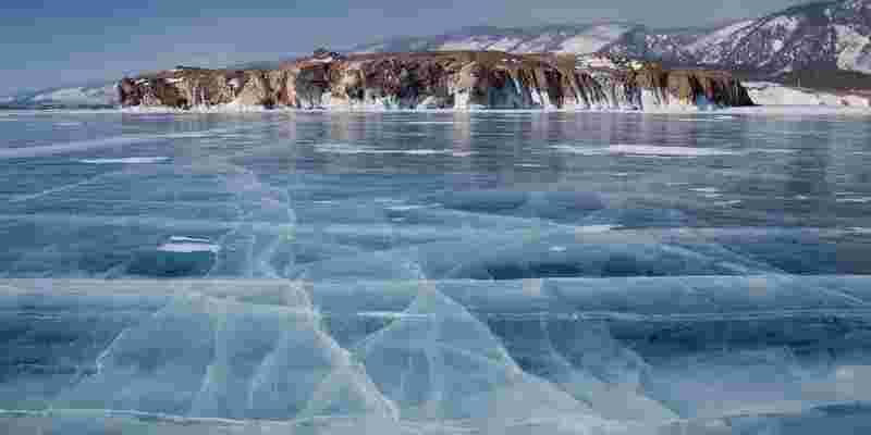 Que actividades hacer en el Lago Baikal durante el invierno