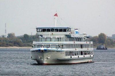Crucero Moscú – San Petersburgo; Tour en crucero por los ríos de San Petersburgo; Excursión en crucero por ríos de Moscú